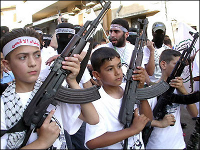 palestinian_children_guns.jpg